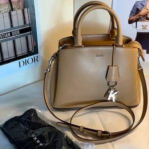 DKNY Paige MD satchel